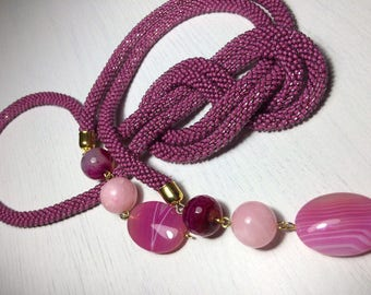 Lariat with natural stones