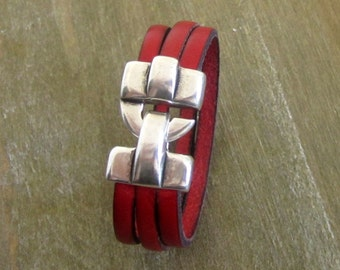 Man, red, silver hook clasp leather bracelet
