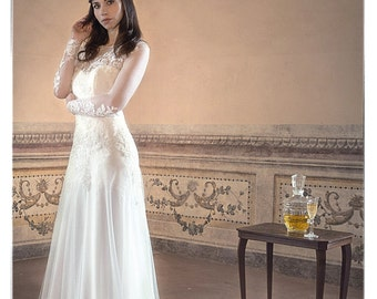 """Fitted wedding dress/Wedding dress Duepersempre """"Kate"""" made in Italy"""
