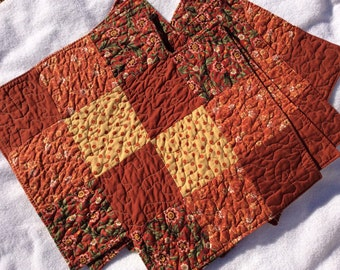Zig zag quilted rust print placemats