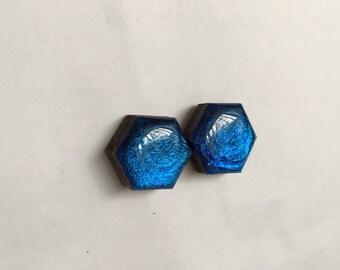 15mm Ocean Shimmer Wooden Hexagon Resin Studs