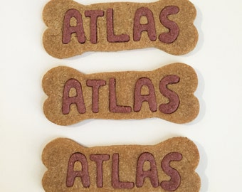 personalized peanut butter dog treats // all-natural, human grade ingredients // no added salt, sugar, artificial colors or preservatives