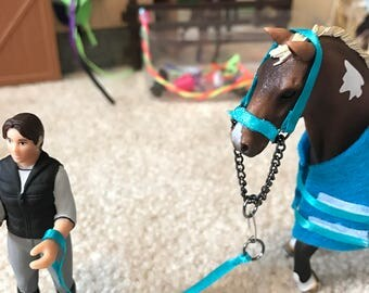 Schleich style halter and lead rope