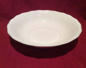 Swinnertons Staffordshire Luxor Vellum 20cm White Bowl circa 1940