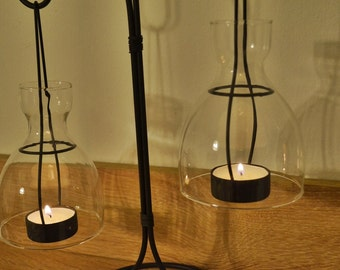 Metallic candle holder with tealights