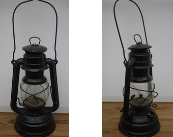 Lamp kerosene in iron storm German mark SUPERFLAM. Old original german Lantern deny Feuerhand Nr.276 Superflam LOFT Industrial