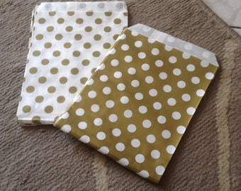 White and gold coloured kraft paper bags 10