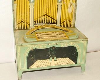 Vintage 1930's Tin Organ Large Wind Up 12 1/2 Tall   *******1930's***********