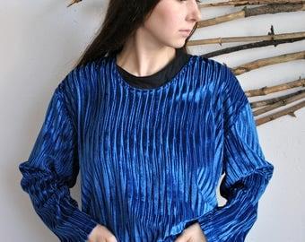 Blue velvet longsleeve shirt 1990s 1980s vintage womens velur sweatshirt