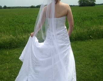 Custom Single-Layer Finished Edged Wedding Veil