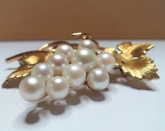 Vintage 1961 Krementz Gold Plated Genuine Pearl Grapes Cluster / Signed Gold Overlay Pin / Leaves / Vine / Classy / Quality (D732)