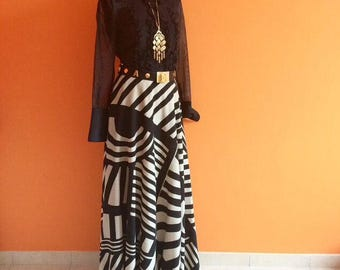 SOLD! Maxi skirt haute couture Paris Louis Feraud black and white abstract print stripes