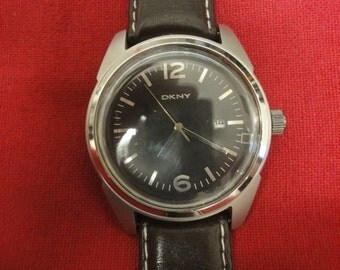 Gents Designer watch DKNY  NBR NY 1393 with new brown leather strap