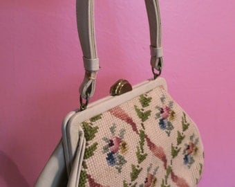Unusual vintage 1950s floral gobelin purse handbag in cream - 50s beige tapestry bag with flowers -  needlepoint petit point carpet bag