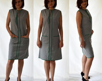 A line, sleeveless, comfortable, shift, elegant dress with front pockets. Size UK 10, 12, 14 / US 6, 8, 10