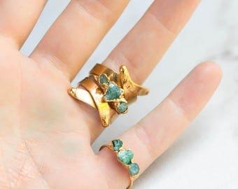 Triple Emerald Ring, Triple Stone Ring, Stacking Ring, Raw Crystal Ring, May Birthstone Ring, Boho Ring, Gold Ring, Gemstone Ring