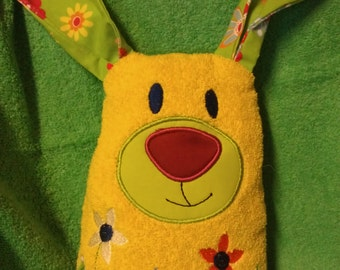 Cuddle Bunny, snuggle Bunny, DekoHase, sewn and embroidered fleece, Brown with stars