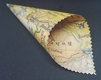 20 Confetti Cones with Vintage Europe Map Design