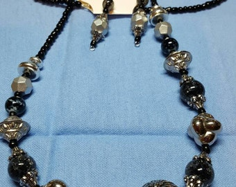 Black & silver necklace and earring set