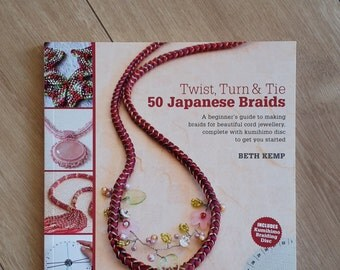Twist Turn & Tie 50 Japanese Braids by Beth Kemp, Beginner's Guide to Making Braids using a Kumihimo Disc, Kumihimo Briading Disc