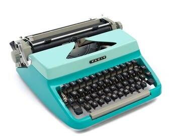Bicoloured typewriter Facit