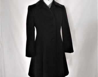 Vintage 80% Wool Navy Velvet Collar and Buttons Long Coat