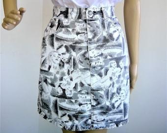 Vintage YES WEAR Denim Mini Skirt - FUN Fabric! - Size 9