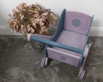 Wooden Dolls Pram// Home Sweet Home// Furniture// Toys// Gifts Ideas//The Little House of Vintage