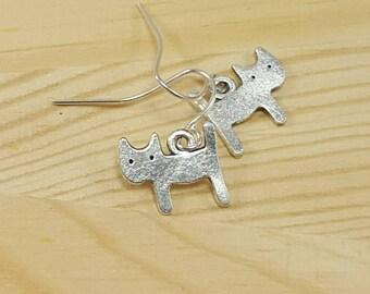 Tiny Cat Earrings, Dainty Silver Cat Earrings, Kitten Earrings, Minimalist Cat Earrings, Cat Jewelry