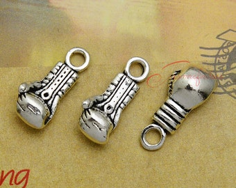 15PCS--22x9x7mm ,Mini Boxing Glove charms, Antique Tibetan silver Boxing Glove Charm pendant, DIY supplies,Jewelry Making LCM0829