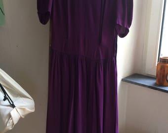 1940s vintage dress purple puff sleeves aubergine late 30s