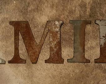 "5 1/2 "" Rustic Metal Letters /Metal Number/  Barn tin Letter/ Rustic Letter/table numbers /Farmhouse Letter/ Galvanized Letter/ Tin Symbols"