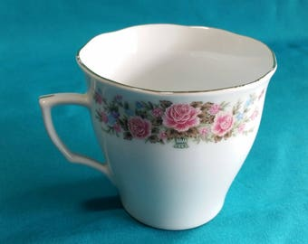 Remington China By Red Sea Tea Cups/Remington China/Red Sea/Vintage China Cups/Vintage Wedding Tea Cups/Replacement Tea Cups