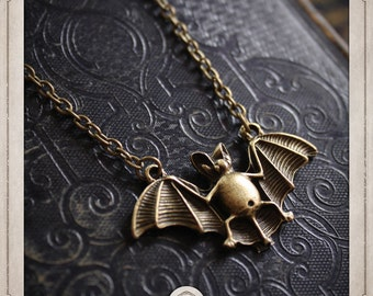 Bat necklace bronze bald mouse beats COP028