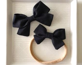 Black Classic Bow - Baby Girl Nylon Headband - Girls Fabric Bow