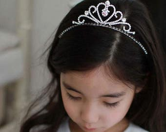 Pretty Younger Bridesmaid Tiara