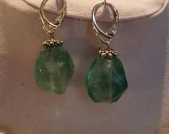 Green transparent green Fluorit earrings Sterling Silver 925 lenght 04 centimeters