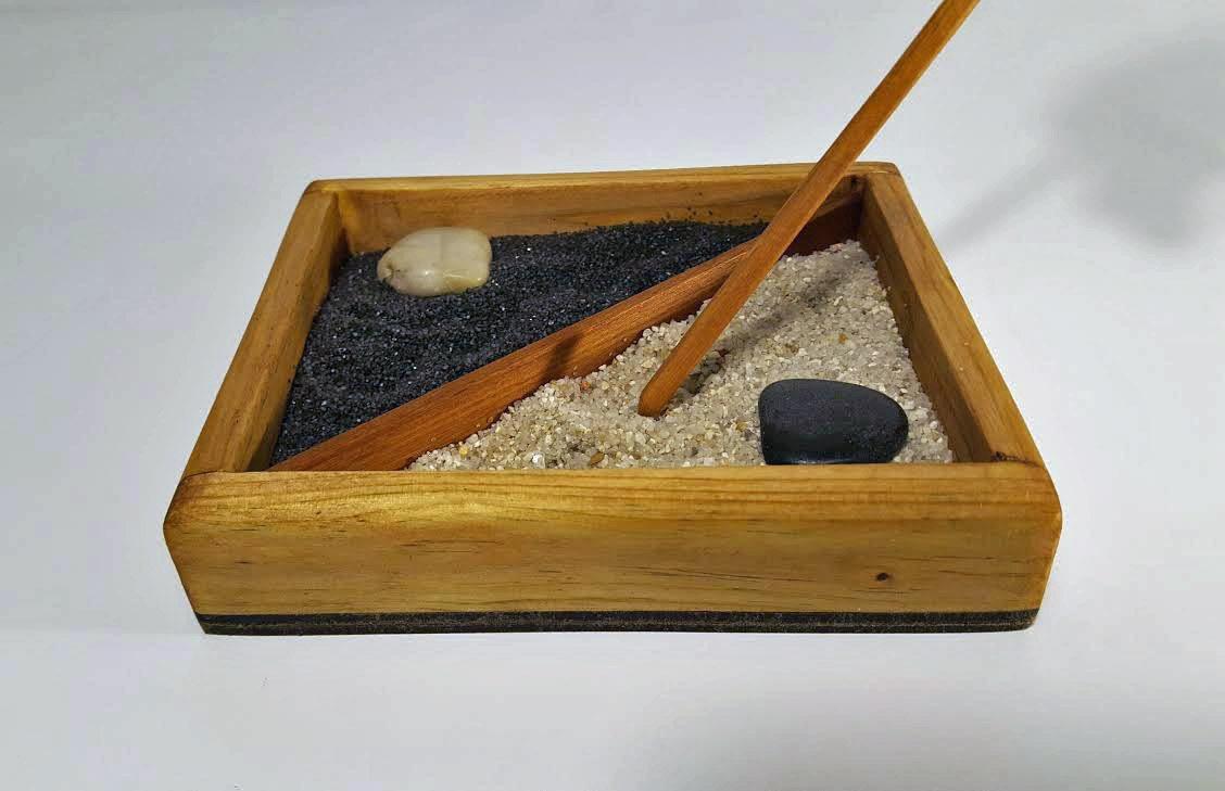 Mini zen garden zen garden rock garden sand garden - Japanese sand garden mini ...