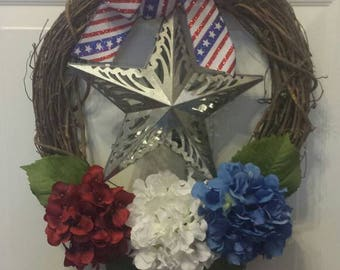 Independence day wreath / front door wreath / holiday wreath / 4th of July wreath / memorial day / light up wreath / spring wreath / summer