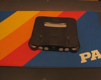 Nintendo 64 Console (One Controller)