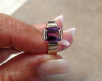 Dazzling 2 Carat Amethyst Ring 1235