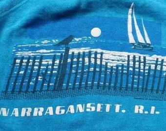 Narragansett, Rhode Island Vintage Souvenir Sweatshirt with seashore bird beach Sailboat Blue XL