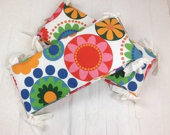 Flower Power - Retro floral baby cot bumper bedding