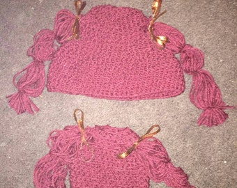 Infant's pigtail hat
