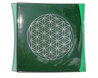 Green glass plate with platinum Flower of Life