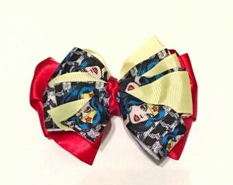 Wonder woman - medium dog/hair bow
