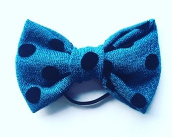 Knit bow ponytailer - teal with black flocked polka dots