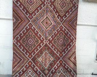 Turkish Vintage Kilim Rug, Traditional Turkish Kilim Rug , Handwoven Turkish Kilim Rug 68x117 inches