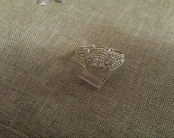 Price reduced 200 dollars. Vintage 14K white gold and Diamond ring