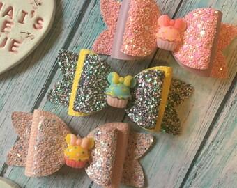 Minnie Cupcake Inspired Bow